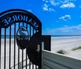 The Seahorse Oceanfront Inn